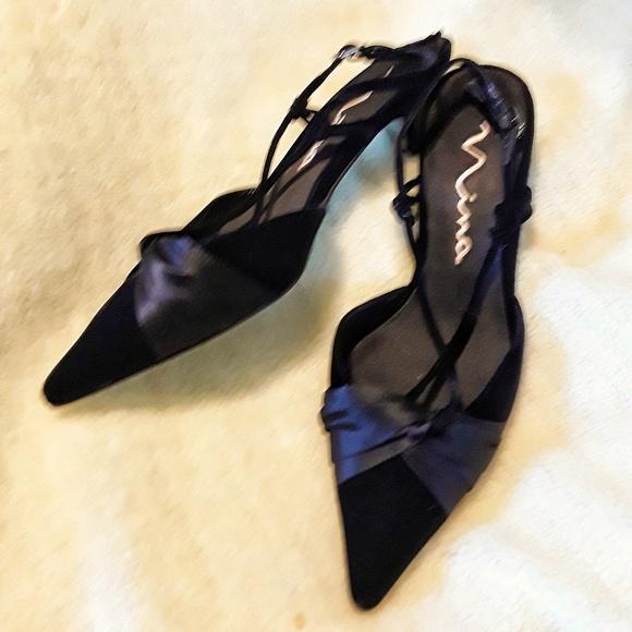 74bc3ad4e84f7 Nina Black Velvet and Satin Kitten Heels, size 9m